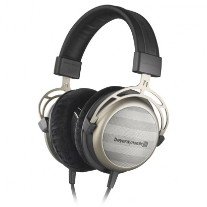 Beyerdynamic T 1 هدفون