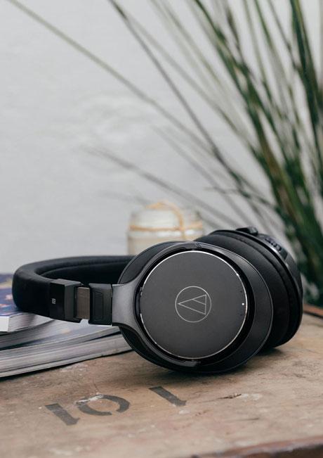 هدفون بلوتوث بی سیم وایرلس نویز ایزولیشن پشت بسته باکیفیت حرفه ای ژاپنی آدیو تکنیکا Audio-Technica ATH-DSR7BT