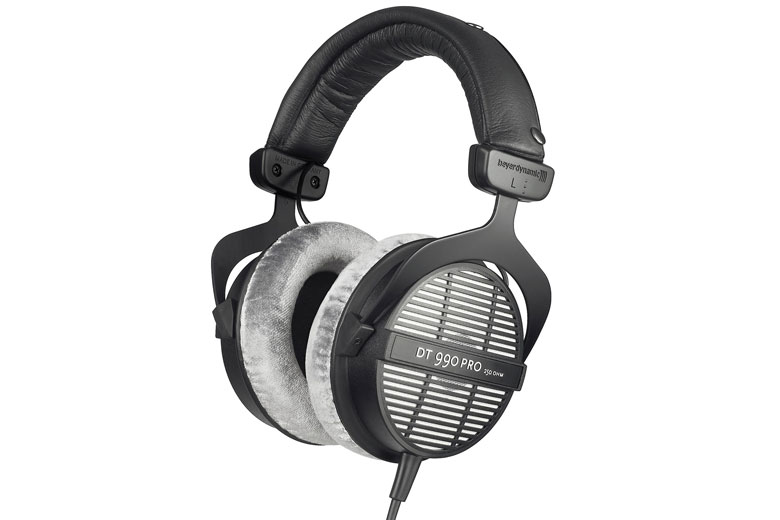 بیرداینامیک DT 990 Pro