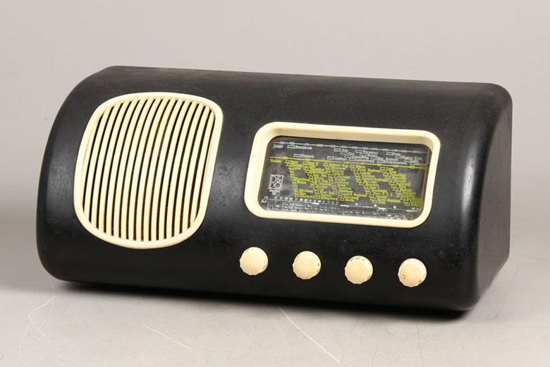 رادیوی بنگ اند الافسن Beolit 39